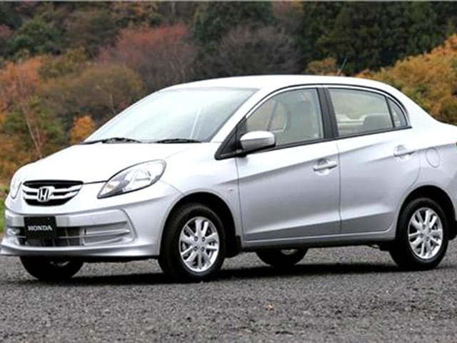 Honda goes all out to woo customers with Amaze,honda,amaze