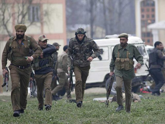 Security forces nab top LeT militant near Srinagar