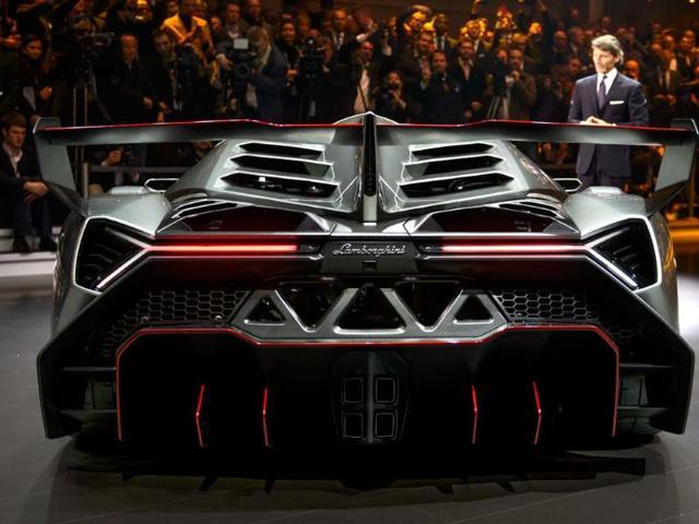The-new-Lamborghini-Veneno-Photo-AFP