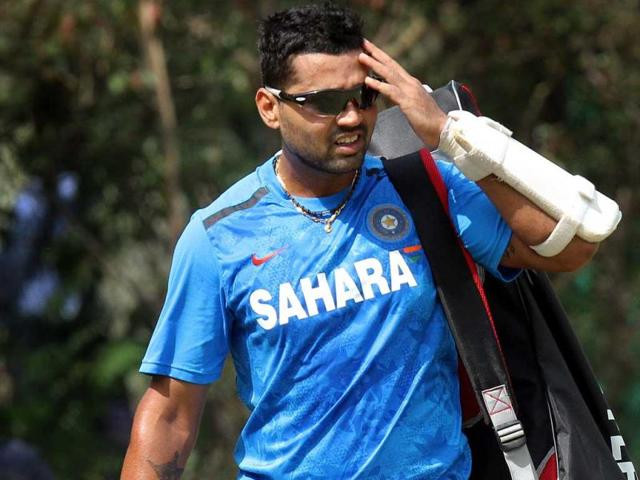 India vs Zimbabwe,Murali Vijay,MS Dhoni