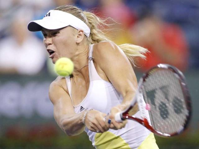 Caroline Wozniacki advances in Montreal