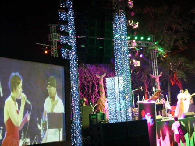 Switzerland-s-Sylvie-Bourban-and-Edwin-Fernandes-performs-at-the-3rd-International-Jazz-Festival-at-Nehru-Park-in-New-Delhi