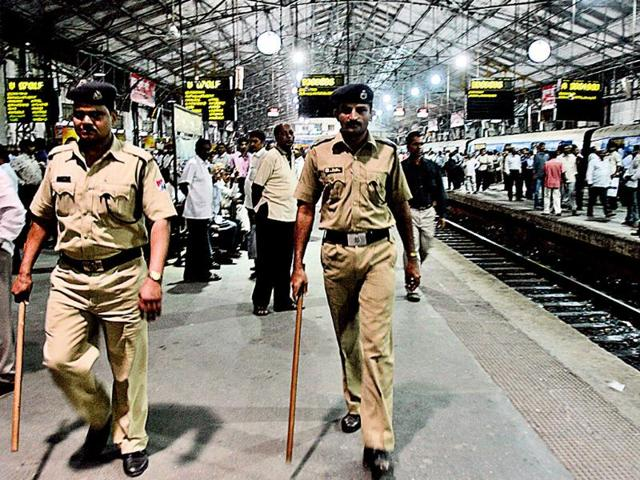 Apart-from-Delhi-and-Mumbai-stations-of-Chandigarh-Pratapgarh-and-Mirzapur-were-also-recced-HT-files