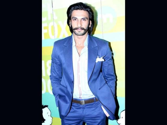 Ranveer-Singh-made-his-Bollywood-debut-with-Yash-Raj-Films-Band-Baaja-Baarat-in-2010-He-starred-opposite-Anushka-Sharma-and-bagged-the-Filmfare-IIFA-and-Zee-Cine-awards-for-Best-Debut-Male