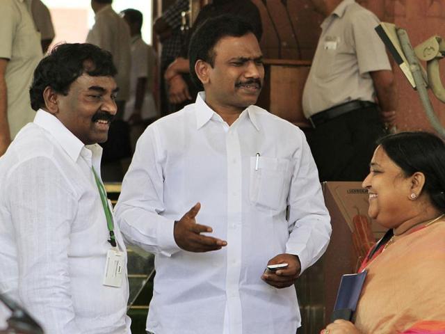 DMK,Karunanidhi,MK Alagiri