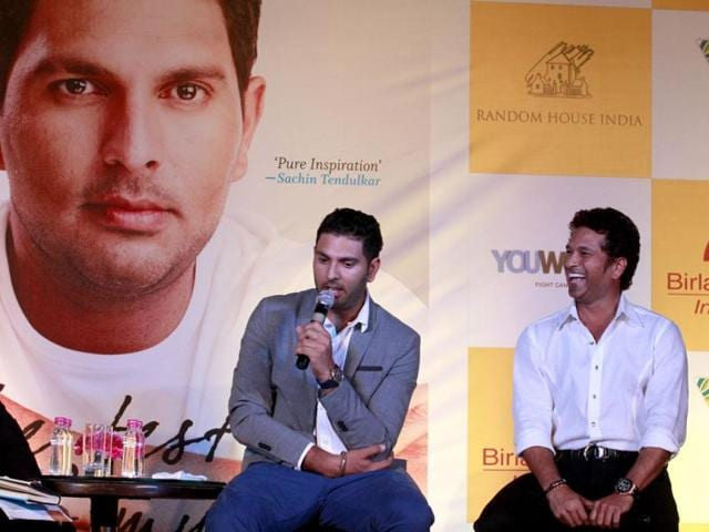 Cricketers-Sachin-Tendulkar-and-Yuvraj-Singh-at-the-book-launch-of-the-latter-in-New-Delhi-Photo-by-Virendra-Singh-Gosain-Hindustan-Time