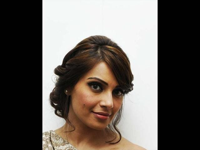 Bipasha-BasuThe-actor-whose-upcoming-film-Humshakals-is-being-extensively-promoted-has-not-been-seen-at-any-of-the-promotional-events-for-the-same-Buzz-is-that-Bips-is-miffed-with-film-s-director-Sajid-Khan-for-giving-more-attention-to-other-female-co-stars-of-the-film-Esha-Gupta-and-Tamannaah-Bhatia-over-her