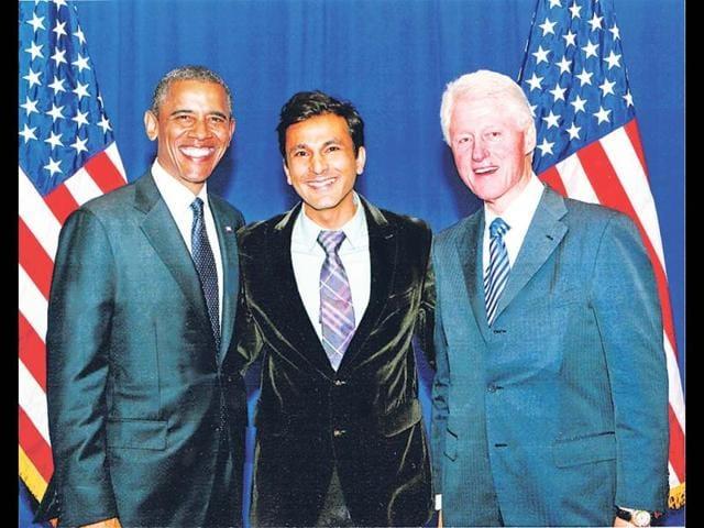 Barrack-Obama-with-Vikas-Khanna-HT-Photo