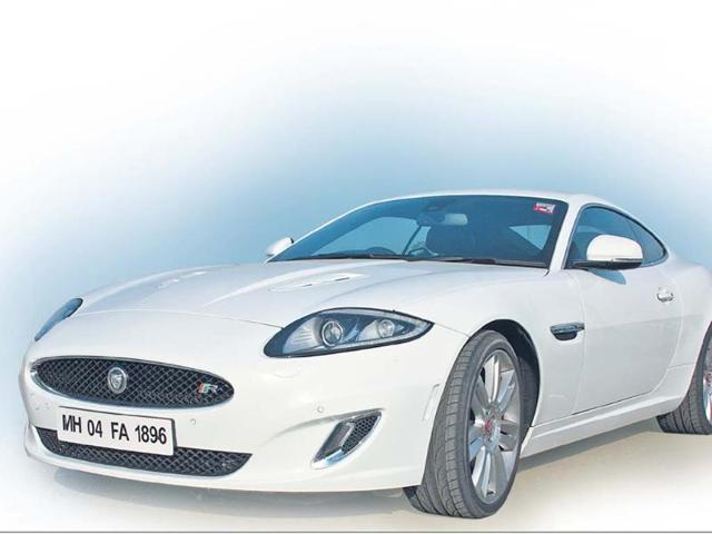 On-the-prowl-with-Jaguar-XKR