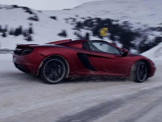McLaren,McLaren 12C,caked in snow and ice
