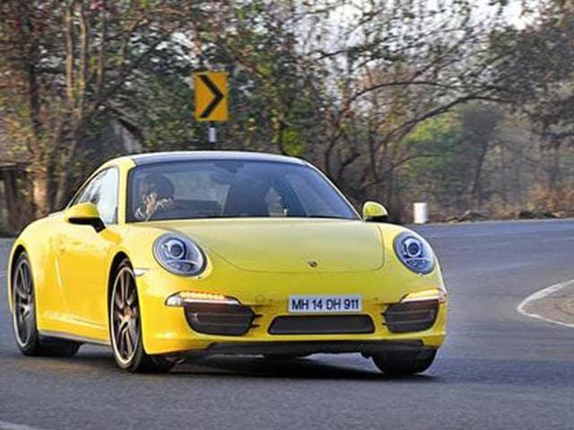 Porsche 911 Carrera 4S review,test drive,Porsche