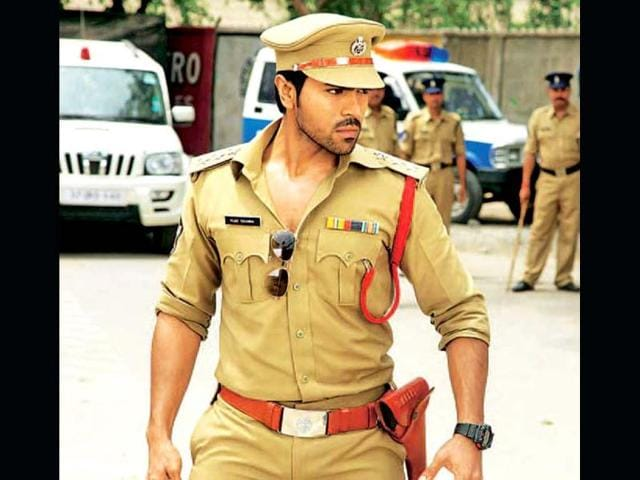 Priyanka-with-Ram-Charan-Apart-from-being-the-remake-of-the-superhit-1973-film-Zanjeer-is-creating-a-buzz-for-its-pairing-Ram-Charan-is-all-set-for-his-Bollywood-debut-by-stepping-into-Big-B-s-shoes-He-will-be-romancing-Priyanka-Chopra-who-will-be-seen-in-another-Amitabh-Bachchan-remake-after-Don-and-Agneepath-This-pairing-has-a-very-raw-appeal-to-it
