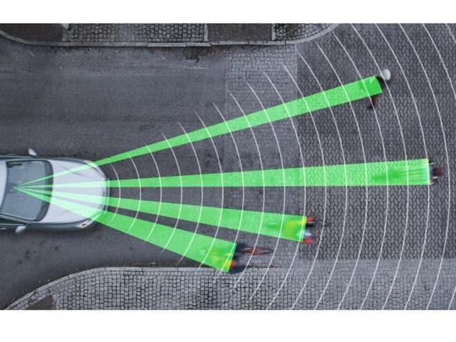 Volvo,Cyclist Detection system,Volvo V40