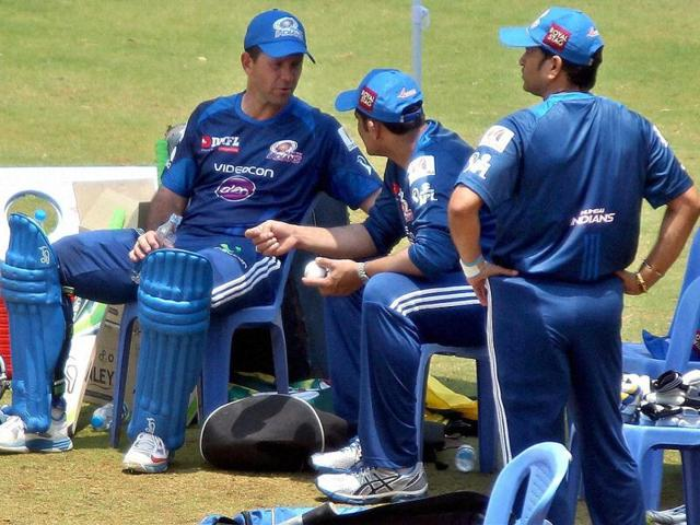 Mumbai-Indians-mentor-Anil-Kumble-talks-to-Ricky-Ponting-as-Sachin-Tendulkar-looks-on-during-a-practice-session-in-Bengaluru-ahead-of-the-IPL-matches-PTI-Photo