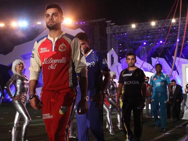 IPL-teams-captains-Virat-Kohli-RCB-Rahul-Dravid-RR-Gautam-Gambhir-KKR-during-the-Pepsi-Indian-Premier-League-opening-ceremony-at-the-Salt-Lake-Stadium-in-Kolkata-PTI-Photo
