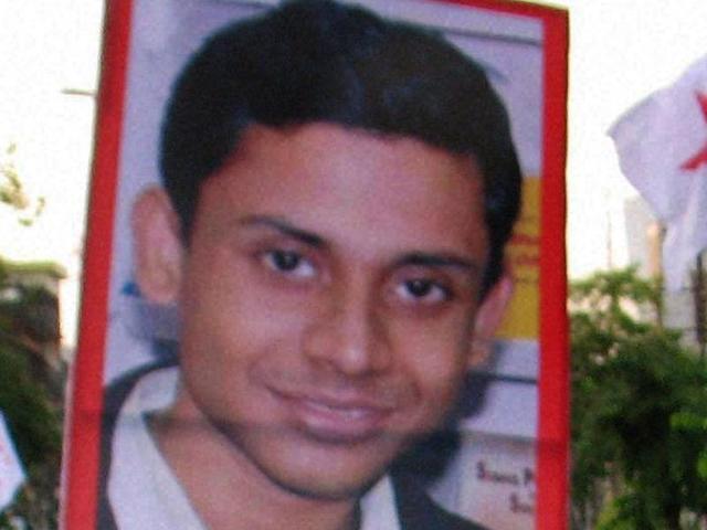 Doctors nail Mamata's lie on SFI man's death