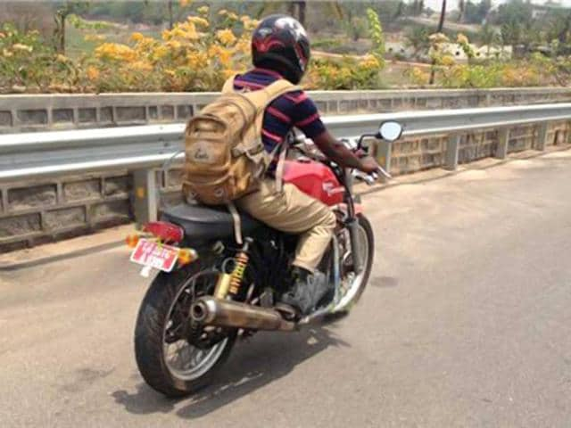 Royal-Enfield-Continental-GT-Caf-Racer-spied