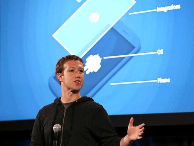 Facebook-CEO-Mark-Zuckerberg-speaks-during-an-event-at-Facebook-headquarters-on-April-4-2013-in-Menlo-Park-California-Justin-Sullivan-Getty-Images-AFP