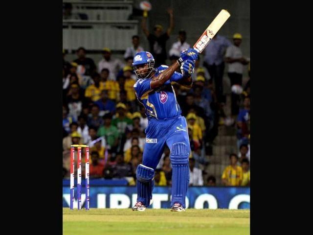 Mumbai-Indians-batsman-Kieron-Pollard-in-action-against-Chennai-Super-Kings-during-their-IPL-6-match-in-Chennai-Photo-by-Mohd-Zakir-Hindustan-Times