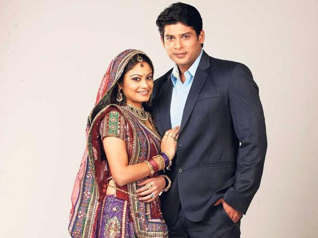 The-story-that-deals-with-child-marriage-has-now-reached-a-point-where-the-protagonist-Aanandi-Pratyusha-Banerjee-has-been-remarried-and-rediscovering-love-Her-scenes-with-the-on-screen-husband-Shiv-Siddharth-Shukla-have-created-ripples