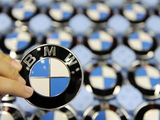 BMW recalls 156