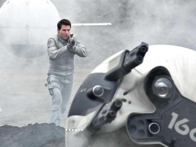 In-Oblivion-Jack-Harper-Tom-Cruise-is-on-a-mission-to-save-mankind-from-the-aliens-Scavs-who-have-devastated-Earth
