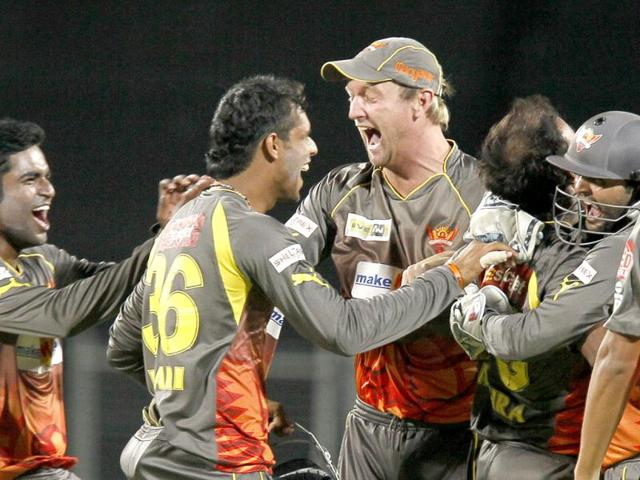 Somshuvra Laha,Sunrisers Hyderabad,Chennai Super Kings