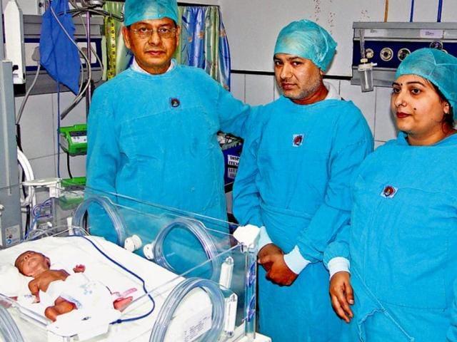 Crib deaths,BC Roy Hospital,Kolkata