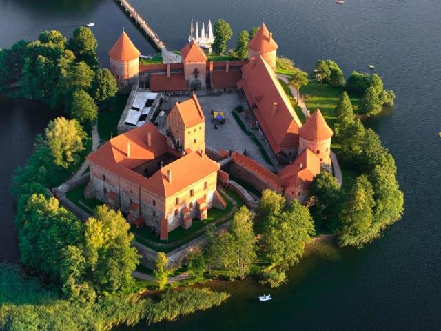 A-view-of-Trakai-castle-in-Lithuania-Photo-AFP-vikau-Shutterstock-com