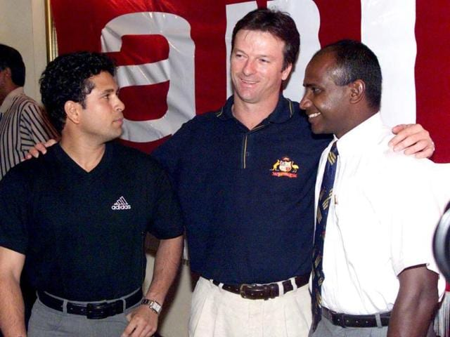 Sachin as the Indian captain with Steve Waugh, captain of Australia and Sri Lankan captain Sanath Jayasuriya at a press conference at the Taj Samudra Hotel, Colombo, Sri Lanka. Hamish Blair/Allsport. Getty Images.