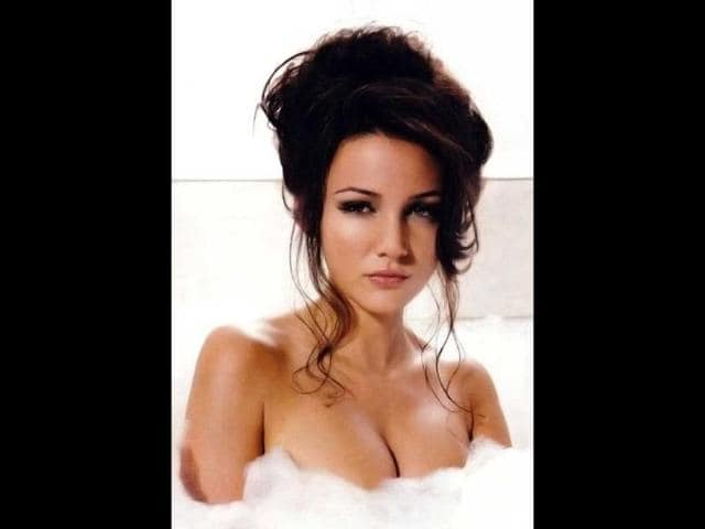 British-actress-Michelle-Keegan-Photo-Courtesy-Facebook