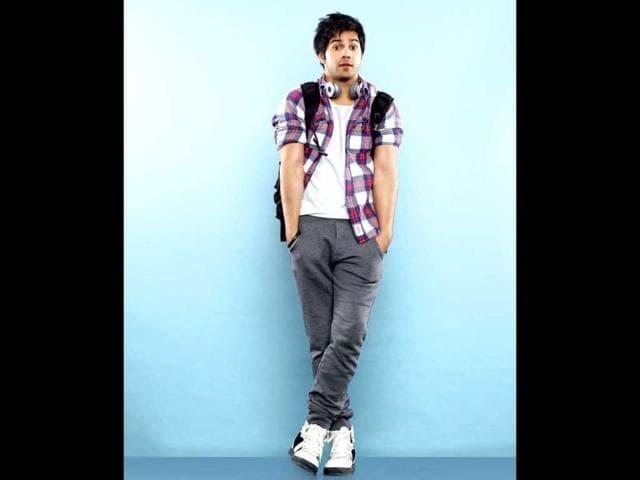 In-his-next-film-Main-Tera-Hero-Varun-Dhawan-flaunts-some-of-his-musical-talent-Varun-Dhawan-Facebook
