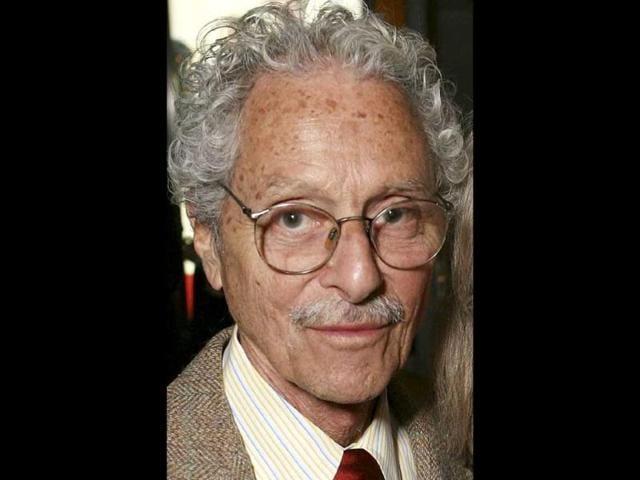 Allan Arbus,MASH,seia;. died