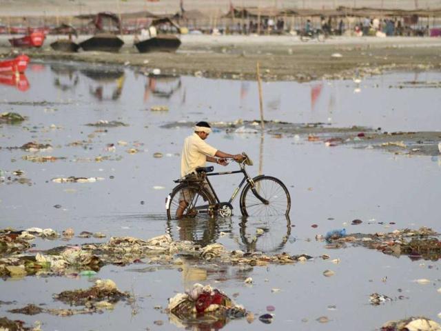 River Bagmati: Bounties Become A Curse,Dinesh Kumar Mishra,Sandrp
