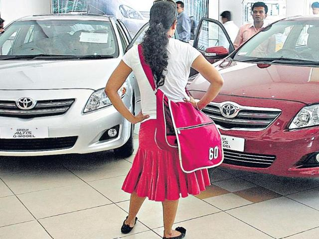 Any-Indian-citizen-residing-abroad-who-has-a-salaried-job-or-is-self-employed-qualifies-as-an-NRI-and-can-apply-for-NRI-car-loans