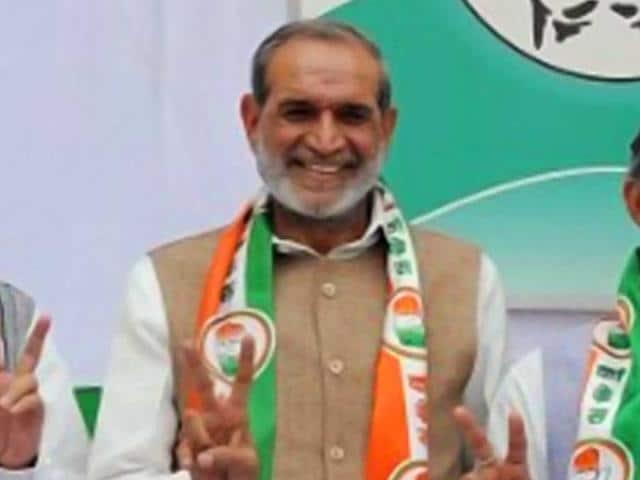 Delhi government official,court,Congress leader