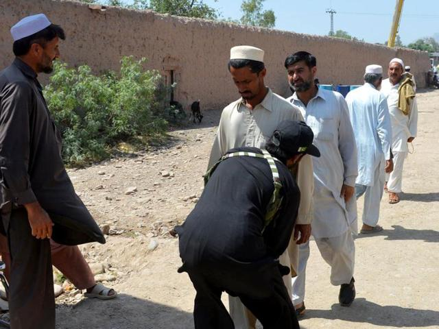 Election candidate injured in IED blast in northwestern Pakistan: officials