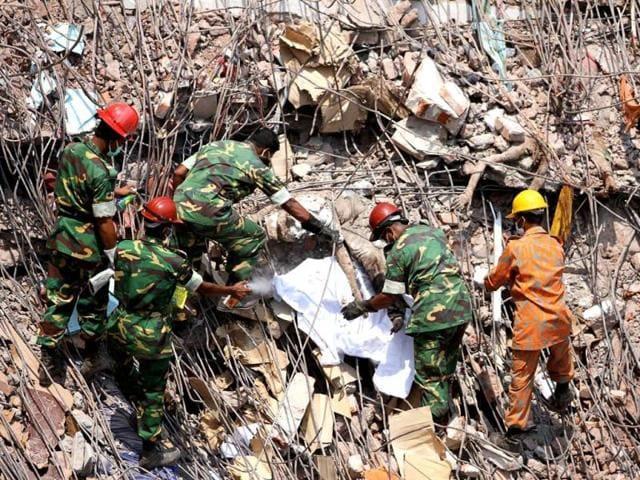 Bangladesh building collapse,bangladesh garment factory,bangladesh rescue operstions