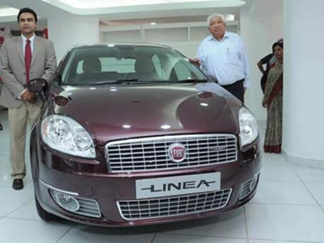 Fiat-inaugurates-new-showroom-in-Delhi