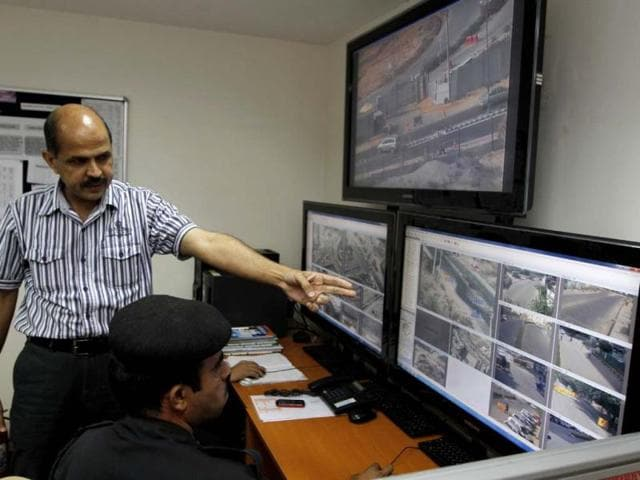 DS-Malik-head-of-the-DLF-5-security-system-in-Gurgaon-Sanjeev-Verma-HT