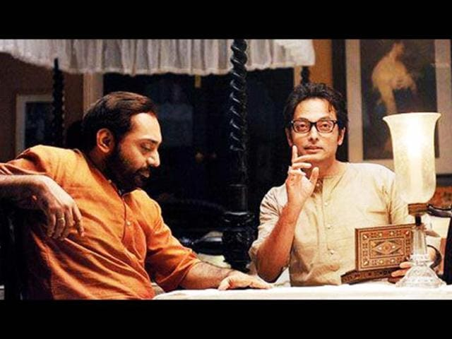 Byomkesh-Bakshi-Sujoy-Ghosh-in-Satyanweshi-with-popular-Bengali-singer-Anindya-Chatterjee-who-plays-the-close-associate-and-long-time-friend-of-Byomkesh-Ajit-Photo-courtesy-Facebook-Satyanweshi