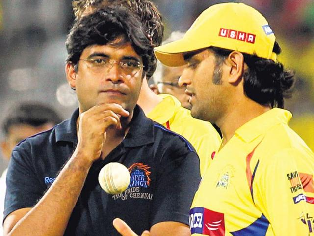 Gurunath-Meiyappan-with-CSK-captain-Mahendra-Singh-Dhoni-AFP-Photo