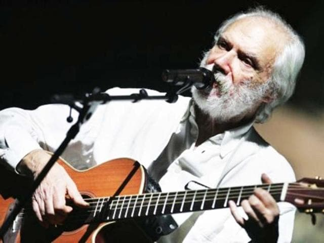 Singer-songwriter-Georges-Moustaki-Image-AFP
