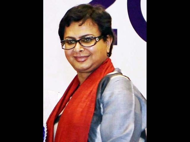 Rituparno-Ghosh-passed-away-on-Thursday-morning-after-a-massive-heart-attack-at-his-residence-in-Kolkata-Rituparno-had-wrapped-up-the-shooting-of-Satyanweshi-a-sleuth-flick-based-on-popular-Bengali-detective-character-Byomkesh-Bakshi-Kahaani-director-writer-Sujoy-Ghosh-plays-the-role-of-Byomkesh-Bakshi