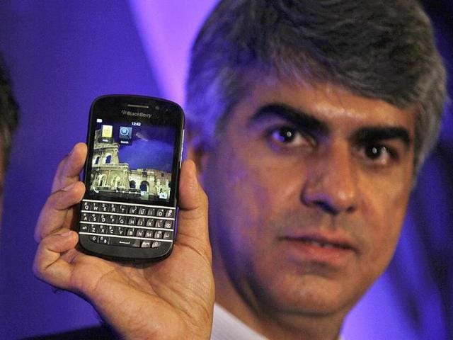 BlackBerry-has-launched-the-Q10-QWERTY-keyboard-smartphone-in-India-Photo-Raj-K-Raj-Hindustan-Times