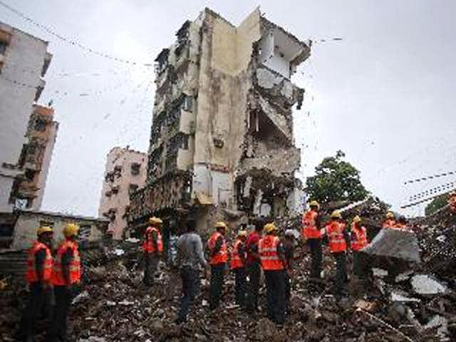 Dahisar,Mumbai building collapse,news