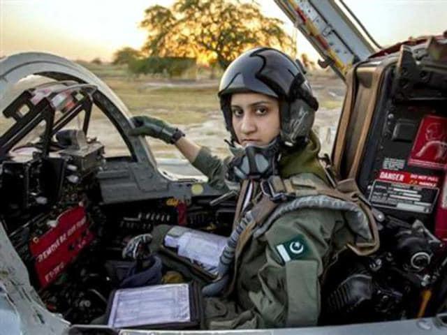 Ayesha Farooq,Pakistani female fighter pilot,Mushaf air base