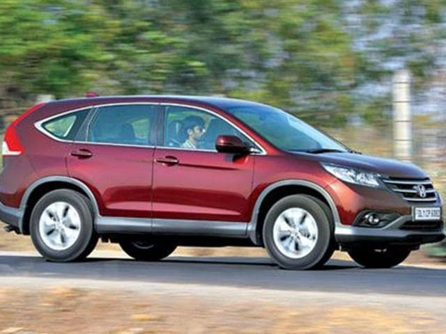 Honda Crv Price In India,honda Crv Review,honda Crv Photos