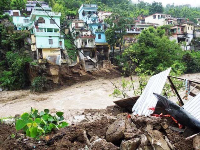 flash floods,floods in Uttarakhand,hydel projects