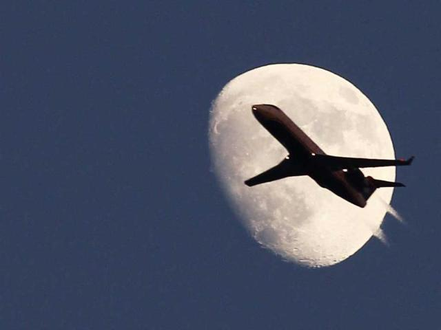Passenger tried to hijack plane to Sochi: official